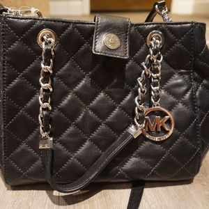 NEW Michael Kors Susannah Black Quilted Leather